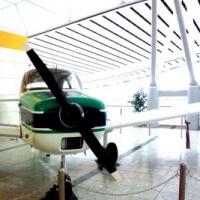 仙台空港3階にある飛行機