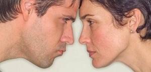 顔のレーザー脱毛を受けられる人が増えています。